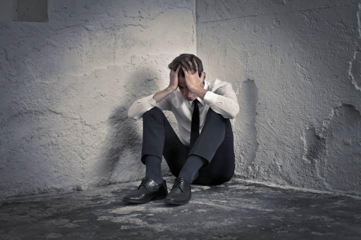 ناراحتی روحی چه تفاوتی با افسردگی دارد؟ - علائم افسردگی