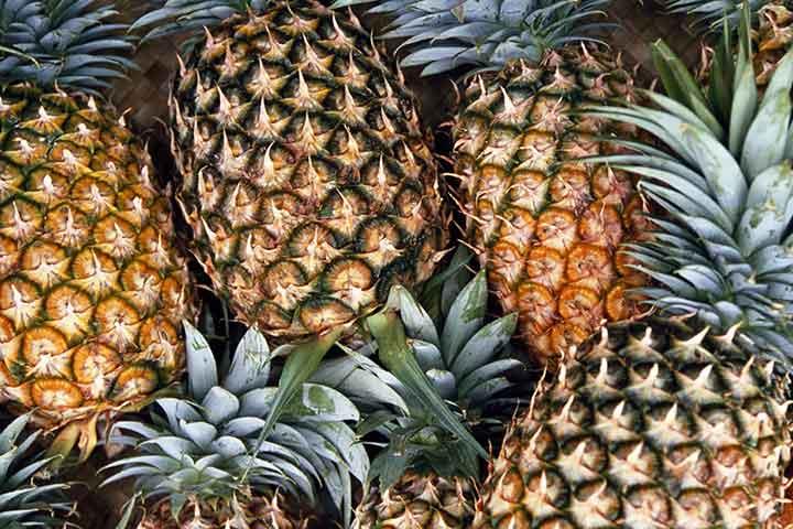 آناناس، سرشار از ویتامین C - سالم ترین میوه های جهان
