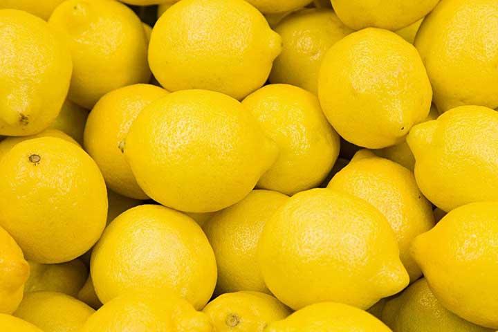 لیمو، سرشار از ویتامین C - سالم ترین میوه های جهان