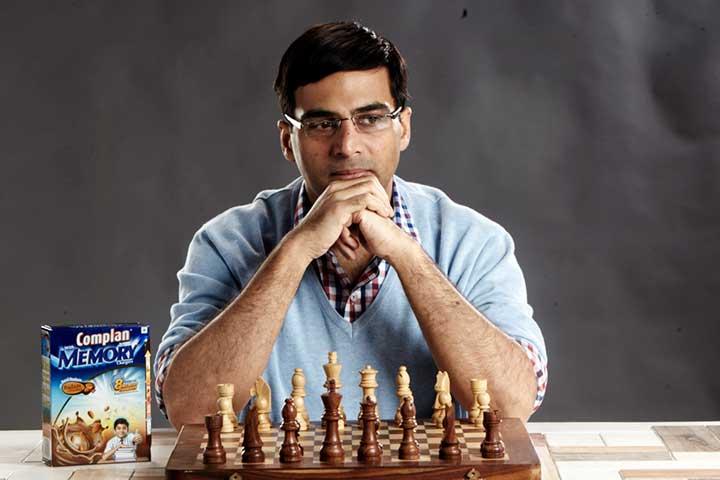 ویسواناتان آناند، از قهرمانان شطرنج جهان