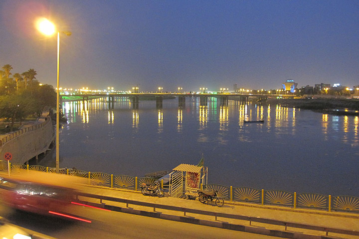 رود کارون در شب - عکس علیرضا جواهری