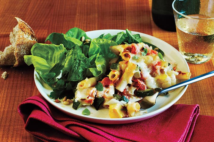زیتی پخته و سبزیجات تابستانی، از انواع پاستا