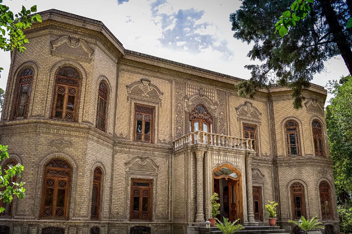 موزه آبگینه - سی تیر - موزه های تهران