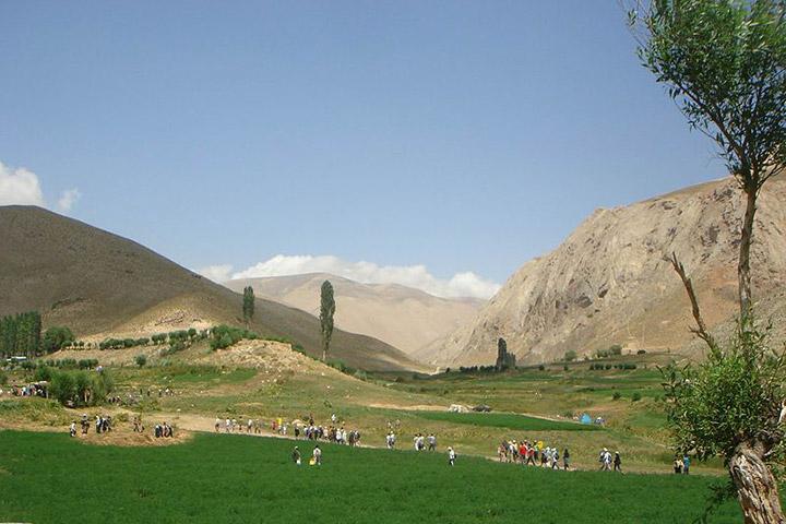 Savashi Plain - Photo by Ali Afzali