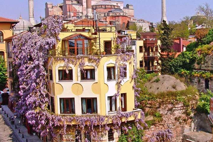 هتل ایمپرس زوئه، یکی از بهترین هتل های استانبول