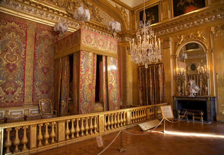 The king's bedroom in the palace of Versailles