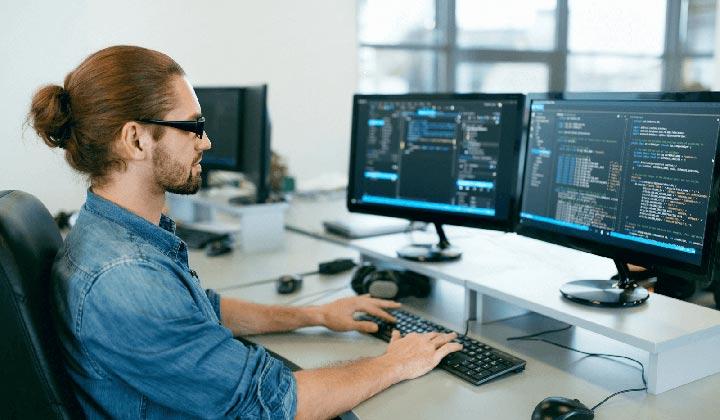 توسعهدهندهٔ نرمافزار - پردرآمدترین شغل های جهان