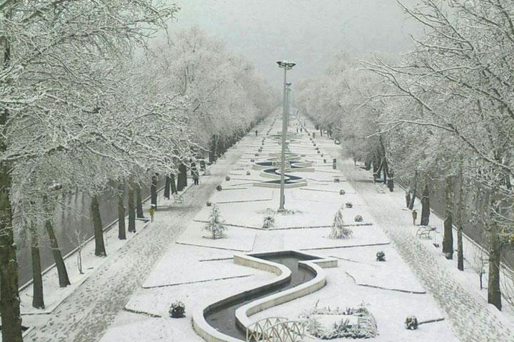 Sights of Kermanshah - Bostan Arch Boulevard in winter
