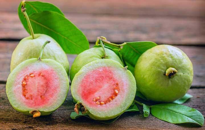 میوه های استوایی - گواو