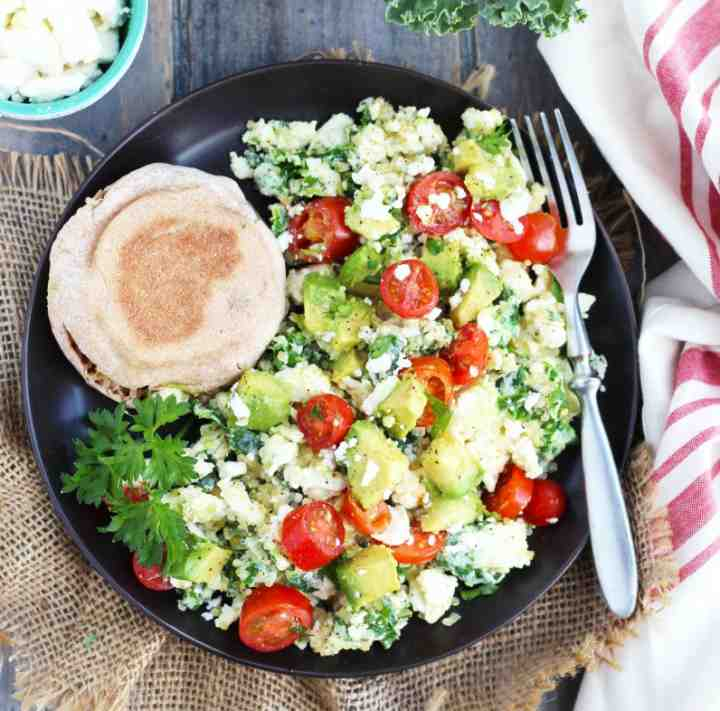 صبحانه پروتئینی - اسکرمبل سفیده تخم مرغ