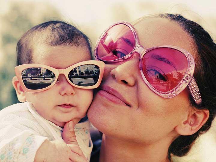 سلامتی چشم با استفاده از عینک آفتابی باکیفیت