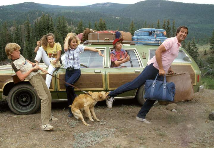تعطیلات (هجویه ملی) - بهترین فیلم های کمدی