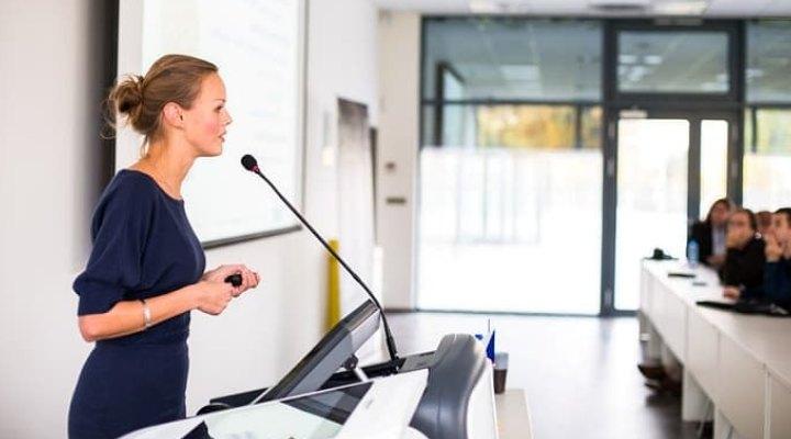 سخنرانی مقدماتی - سخنرانی در مناسبت های ویژه