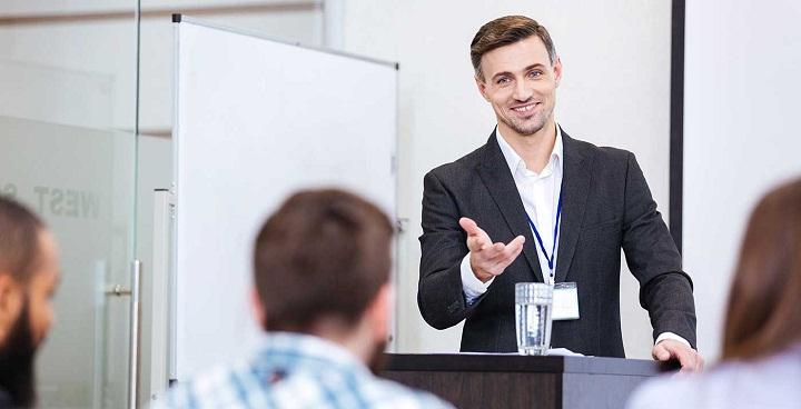 تعامل غیرکلامی در سخنرانی