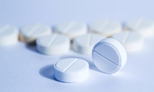 t قرص باکلوفن چیست؛ عوارض و تداخل دارویی آن چگونه است؟
