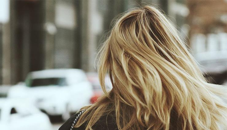 بوتاکس مو چیست؛ نحوه انجام و عوارض آن برای موها