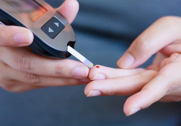 دیابت یکی از عوارض سیستیک فیبروزیس برای دستگاه گوارش است.