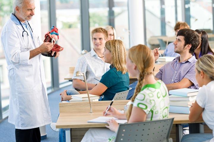 تحصیل پزشکی در مجارستان 2019 - دانشگاه مجازی