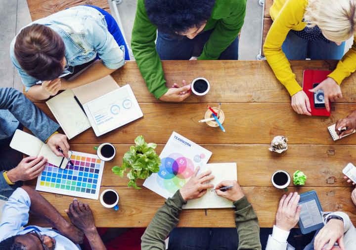 افزایش خلاقیت و نوآوری با استفاده از کار تیمی