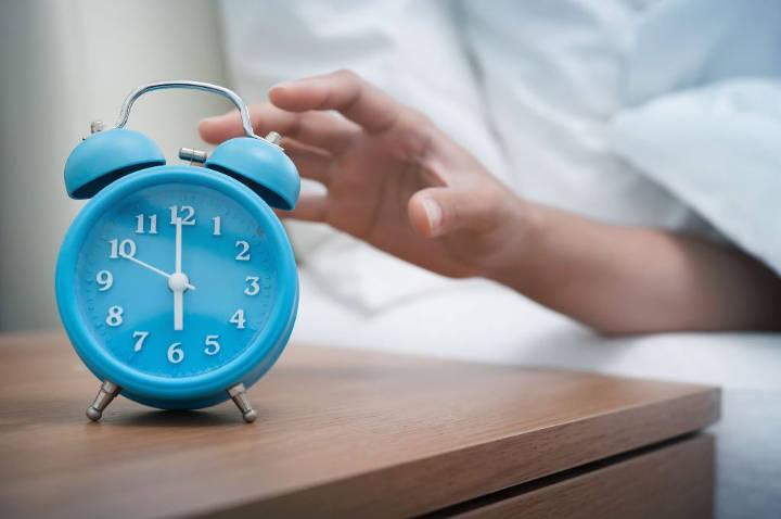 به تعویق انداختن زمان بیدار شدن