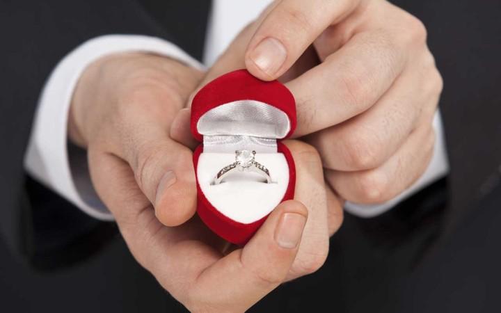 چطور از کیفیت حلقه ازدواج خریداری شده مطمئن شویم - انتخاب حلقه ازدواج