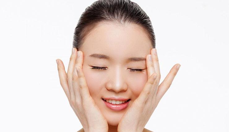 ۴ تمرین خانگی برای جلوگیری از پیر شدن پوست صورت