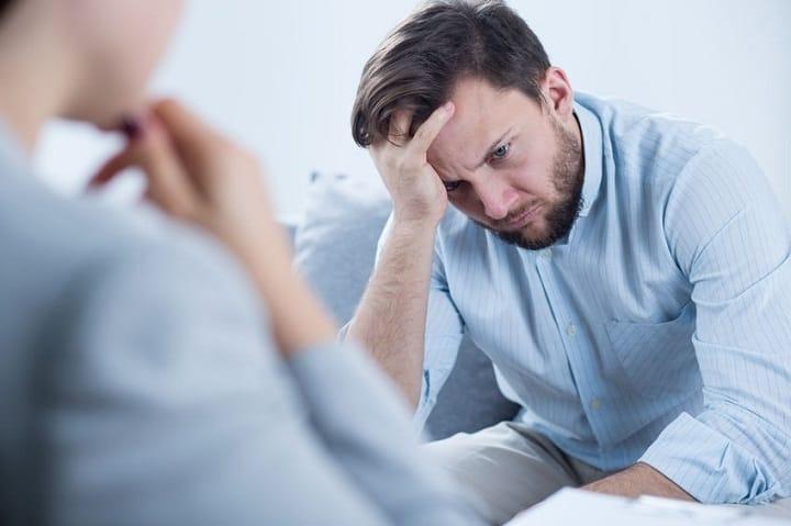 برای رهایی از حسادت و حس ناامنی در رابطه مشاوره حرفه ای بگیرید - حسادت در رابطه عاطفی