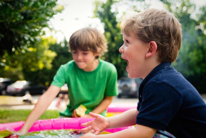 اولین اشتباه رایجی که والدین در ارتباط با فرزندان خود مرتکب میشوند - آماده بودن همه چیز برای فرزندان