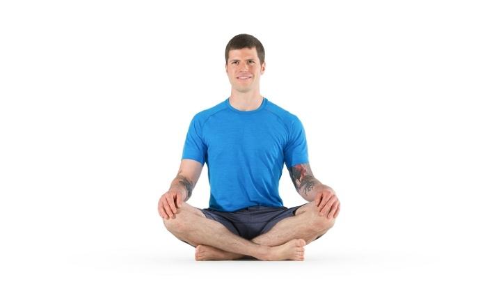 ۱۲ تمرین یوگا برای افراد مبتدی - وضعیت آسان یا Easy Pose