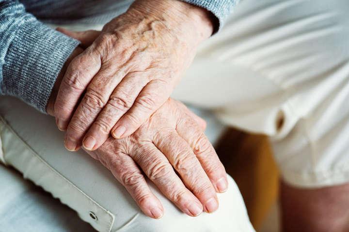 افزایش سن و تنهایی
