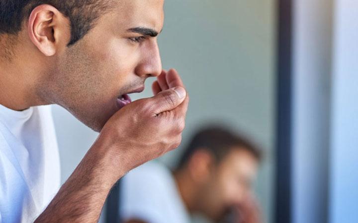 منشأ بوی بد دهان چیست