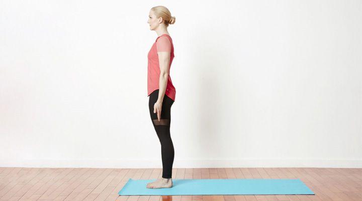 ۱۲ تمرین یوگا برای افراد مبتدی- وضعیت تادآسانا یا Mountain Pose
