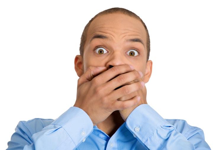 کتواسیدوز الکلی یکی از دلایل استشمام بوی استون از دهان است.