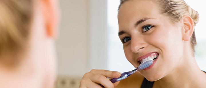 رعایت بهداشت دندان برای از بین بردن بوی بد دهان - رفع بوی بد دهان