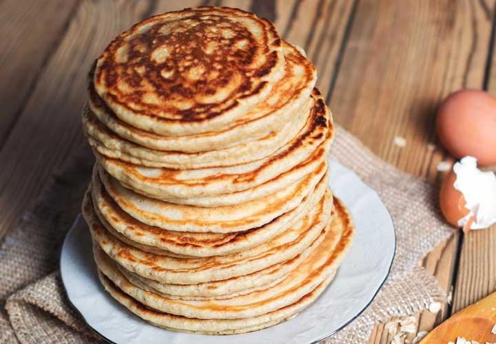 از جمله ۲۰ صبحانه رژیمی خوشمزه برای کاهش وزن می توان به پنکیک پروتئین اشاره کرد.