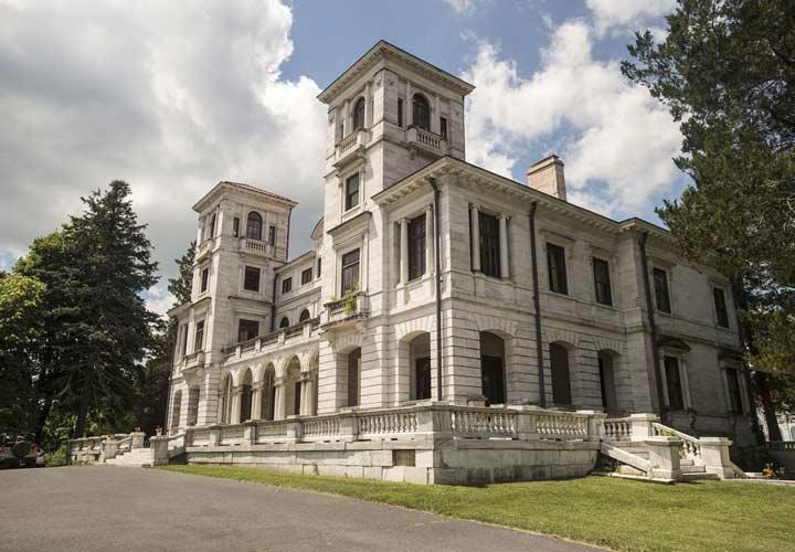 ۱۲ قصر متروکه باارزش در سراسر دنیا - قصر سوانانوا در سال ۱۹۱۲ میلادی توسط یک میلیونر شاغل در صنعت راهآهن ساخته شد.
