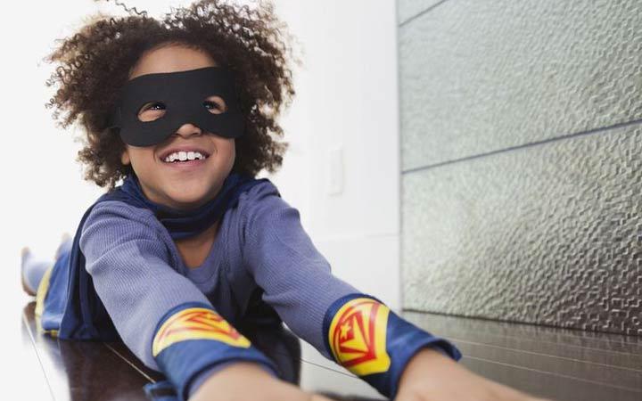 12 نوع ورزش جذاب برای کودکان - 3. ابرقهرمان