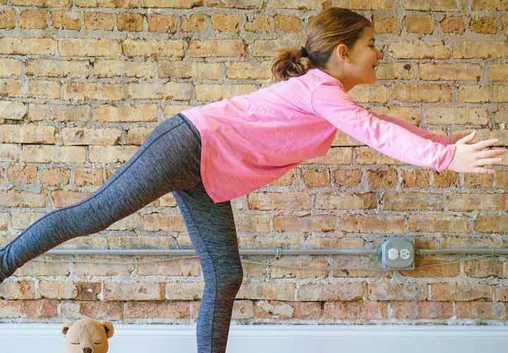 12 نوع ورزش جذاب برای کودکان - 12. حرکت جنگجو 3