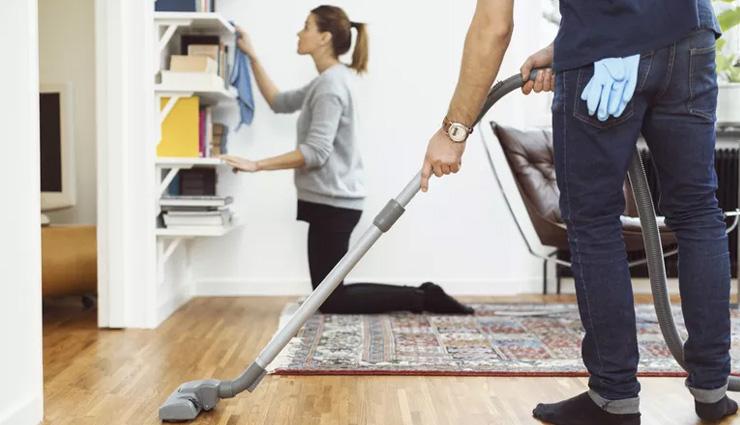 چطور کارهای خانه را با همسرمان تقسیم کنیم؟