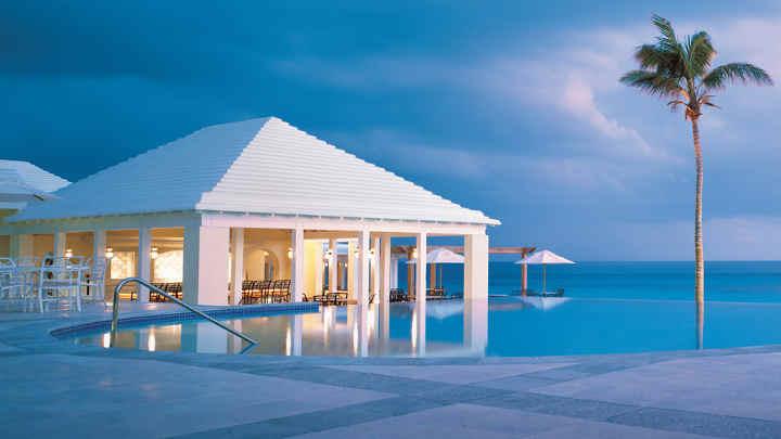رُزوود-زیباترین استخرهای هتل ها در دنیا