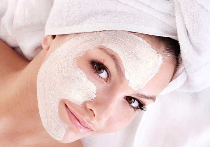 پس از استفاده از ماسک صورت، پوست خود را با مواد شوینده نشویید