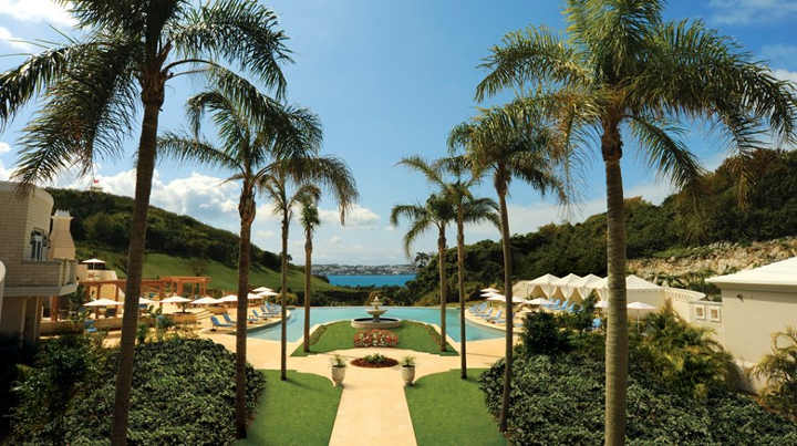 Bermuda - one of the most beautiful pools in the world