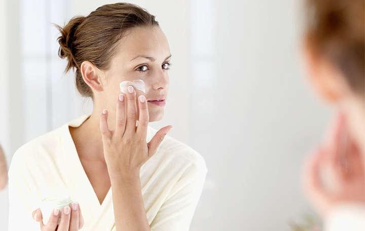 تأثیر وازلین برای پوست صورت