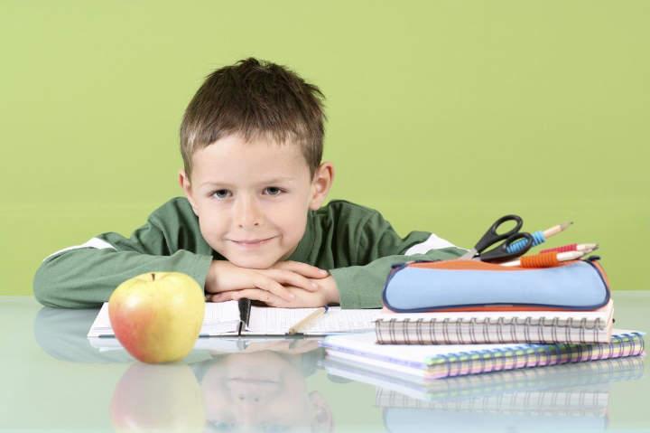 کنار آمدن با روز اول مدرسه-آماده کردن فرزندان برای رفتن به مدرسه بدون استرس