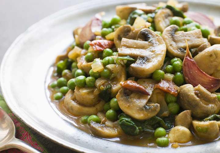 رژیم تک خوری یا رژیم غذایی مونو - در رژیم قارچ تنها قانون این است که یک وعده غذایی روزتان را با غذاهای محتوی قارچ جایگزین کنید.