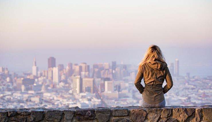 5 نشانه که میگویند شما به تنهایی نیاز دارید