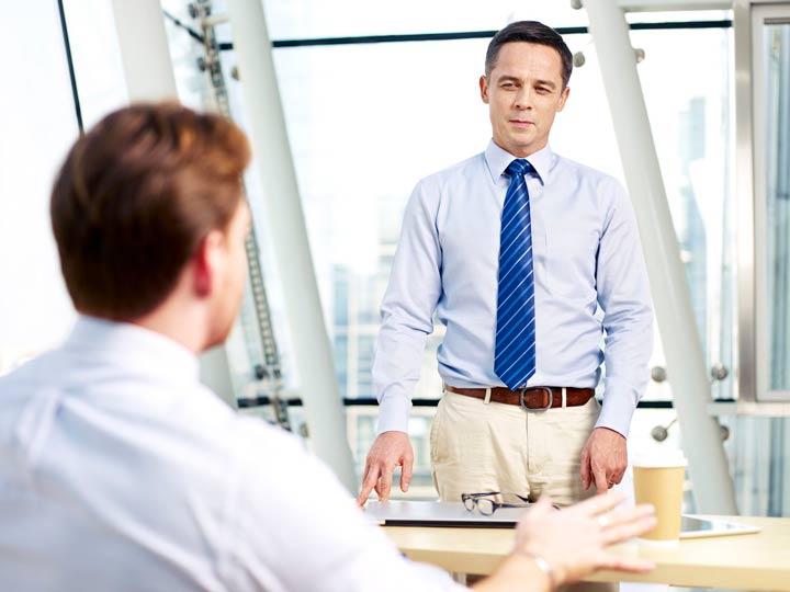 روابط دوستانه میان رئیس و کارمند