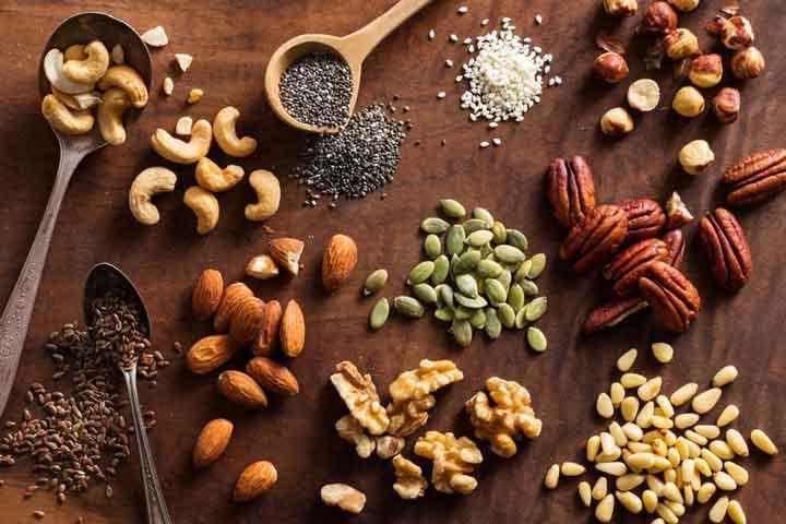 آجیلها نمونه ای از غذای سالم برای کودکان