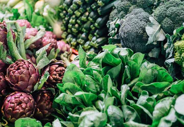 خواص بارهنگ - بهتر است به جای مصرف مکمل های فیبر آن را به صورت طبیعی از غذاها دریافت بکنید.