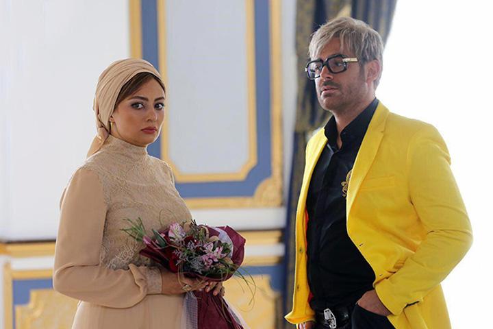 آینه بغل - از پرفروش ترین فیلم های سینمای ایران